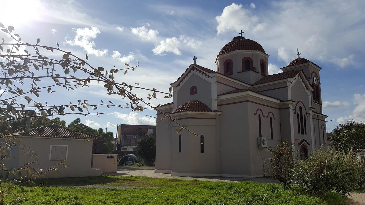 Εικόνες και χρώματα της εκκλησίας του χωριού μας